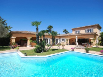 Gassin – Superbe villa proche de Ramatuelle et Saint Tropez